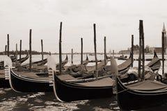 O Sepia tonificou a arquitectura da cidade de Veneza Foto de Stock