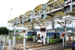 O serviço de Eurotúnel verifica dentro a cabine Fotografia de Stock Royalty Free