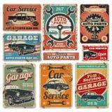 O serviço de reparações do veículo de estrada do vintage, a garagem e a propaganda do mecânico de carro vector sinais do metal Fotos de Stock Royalty Free