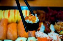O shushi, alimento japonês para a saúde fotografia de stock