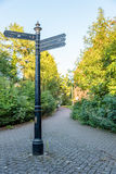 O sinal direcional Northampton Town centra Inglaterra Reino Unido Imagens de Stock