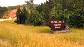 O sinal diz o nacional Forest Motorcycles Thunder By de Black Hills vídeos de arquivo