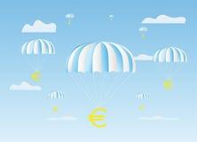 O sinal dos euro vai para baixo em um pára-quedas Fotos de Stock