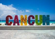 O sinal famoso de Cancun imagem de stock