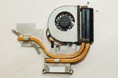 O sistema de refrigeração usado para um portátil Close-up, vista de cima de foto de stock