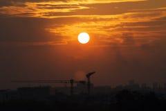 O sol de ajuste Fotos de Stock