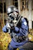 O soldado armado Fotos de Stock