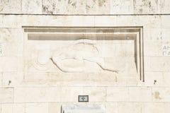 O soldado desconhecido Monument em Atenas fotos de stock
