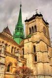 O St Pierre Cathedral de Geneve Foto de Stock