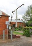 O standpipe de Maldon dispensa a água para carters domésticos e comerciais da água O acesso é ganhado pelo uso dos símbolos compr Foto de Stock