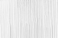 O sumário branco listrou o fundo friável brandamente liso do emplastro com dobras verticais Imagem de Stock Royalty Free