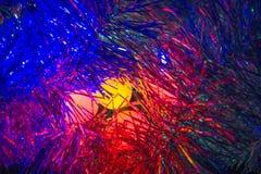 O sumário Defocused ilumina o fundo do Natal imagens de stock