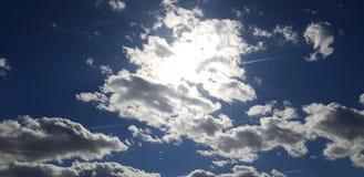 O Sun escondido fotos de stock royalty free