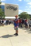 O suporte do trunfo está fora do centro de Covelli em Youngstown, Ohio antes da reunião do trunfo do 25 de julho de 2017 Imagem de Stock Royalty Free