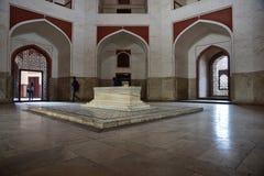 O túmulo de Humayun famoso em Deli, Índia É o túmulo do imperador Humayun de Mughal imagens de stock