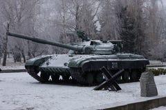 O T-64 é um tanque de guerra de segunda geração soviético fotografia de stock royalty free