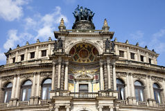 O teatro da ópera de Semper em Dresden foto de stock