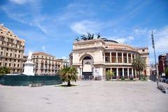 O teatro de Politeama Garibaldi em Palermo Fotos de Stock Royalty Free