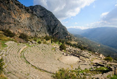 O teatro em Delphi, Greece Fotos de Stock