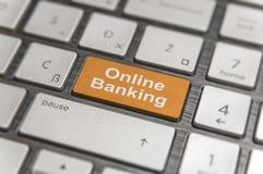 O teclado com chave entra e exprime no PC moderno do botão da operação bancária em linha Imagens de Stock Royalty Free