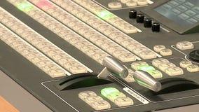 O telecontrole está no estúdio da tevê filme