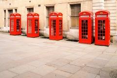 O telefone vermelho encaixota Londres Fotografia de Stock