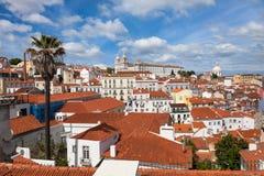 O telhado de Lisboa de Portas faz o ponto de vista do solenoide - Miradouro em Portu Fotos de Stock Royalty Free