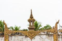 O telhado do templo Wat Sensoukaram em Louangphabang, Laos Close-up fotografia de stock
