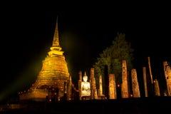 O templo antigo na noite Imagens de Stock