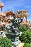 O templo Chonburi Tailândia do dragão e da porcelana Imagens de Stock Royalty Free