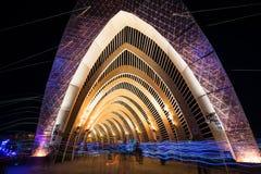 O templo da promessa durante a noite no homem ardente 2015 imagem de stock