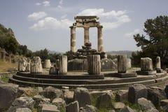 O templo de Athena Pronaia em Delphi Fotografia de Stock Royalty Free