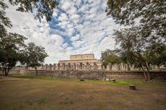 O templo de mil guerreiros em Chichen Itza, México Fotos de Stock