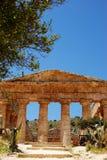 O templo de Segesta (Sicília) Imagens de Stock