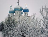 O templo de Sretensky Arkhangelsk, o norte Imagens de Stock Royalty Free