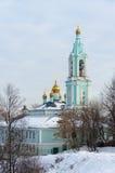 O templo do Natal abençoou o Virgin em montes de Krylatsky no inverno Foto de Stock
