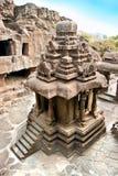 O templo Jain. Cavernas de Ellora. Imagens de Stock