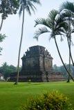 O templo velho encontrou em Java central, Indonésia Fotos de Stock