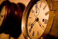 O tempo marcha sobre Foto de Stock