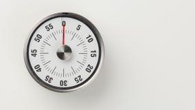 O temporizador análogo da contagem regressiva da cozinha do vintage, 0 minuto permanecer Imagens de Stock