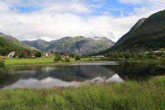 O território do parque nacional Jostedalsbreen, Noruega foto de stock