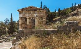O Tesouraria ateniense - Delphi - Grécia Fotos de Stock