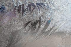 O teste padrão da geada no vidro de janela no inverno, geada, gelo, macro, close up, Foto de Stock Royalty Free
