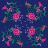 O teste padrão das rosas e dos rosebuds Imagem de Stock Royalty Free
