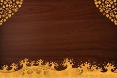 O teste padrão tailandês cinzela o ouro da onda na textura de madeira Fotografia de Stock