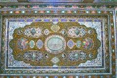 O teto do espelho na casa de Qavam, Shiraz, Irã Imagens de Stock