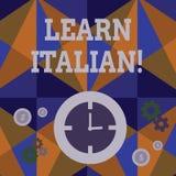 O texto da escrita aprende italiano Conceito que significa o ganho ou para adquirir o conhecimento de falar e de escrever o tempo ilustração royalty free