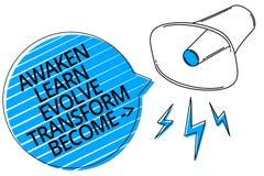 O texto da escrita da palavra desperta aprende evolui transforma tornado O conceito do negócio para a motivação da inspiração mel ilustração do vetor