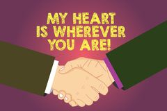 O texto da escrita da palavra meu coração é onde quer que você é E ilustração stock