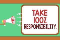 O texto da escrita da palavra toma a 100 a responsabilidade O conceito do negócio para seja responsável para a lista de objetos d Imagem de Stock Royalty Free